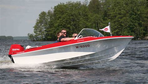 runabout boat reviews amt 150 r review responsive runabout boats