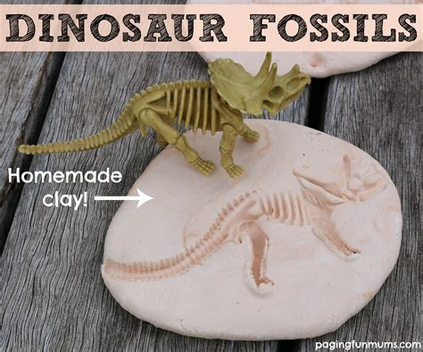 how to make a craft dinosaur for dinosaur fossils using clay