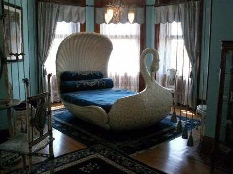 swan bed the swan bed picture of maymont richmond tripadvisor