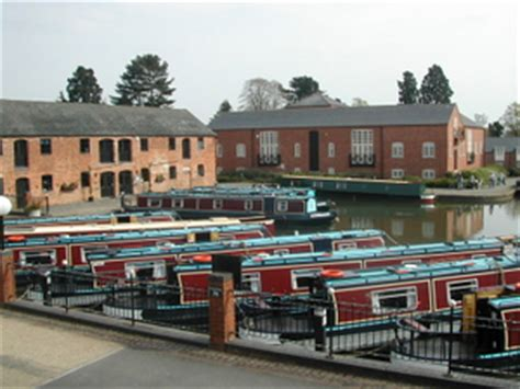 union wharf day boat hire union wharf in leicestershire