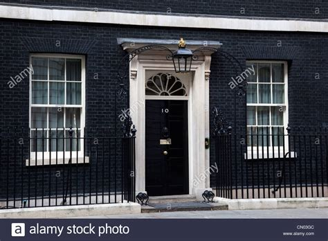 10 downing front door no 10 downing front door seat of the uk prime