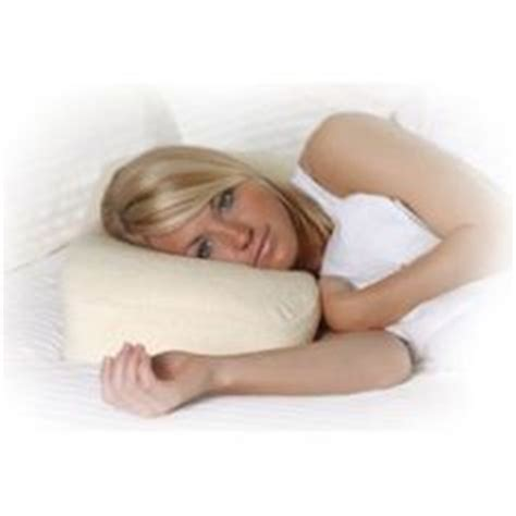 1000 images about pillows on wedge pillow