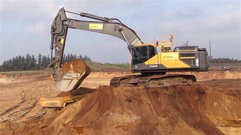 volvo ece excavator  trimble  gps loading volvo dumpers youtube