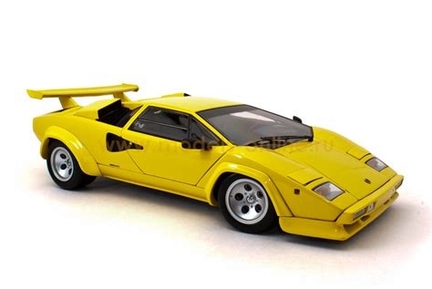 yellow lamborghini countach масштабная модель lamborghini countach lp5000 yellow 1 18