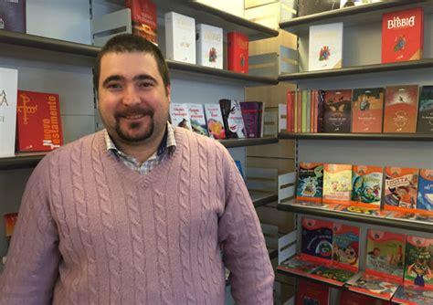 libreria religiosa riapre a varese una libreria religiosa