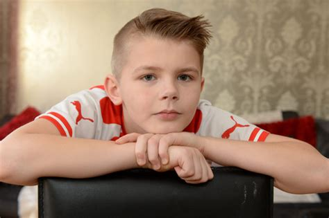 9 year old boy haircut boy 9 banned from class over olivier giroud haircut