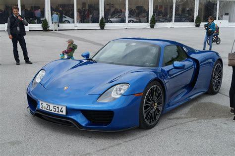 porsche 918 spyder blue blue porsche 918 spyder in salzburgring austria gtspirit