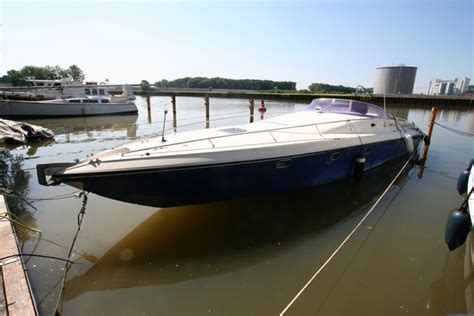 offshore race boats for sale uk tullio abbate 42 offshore sport diesel offshore cruisers