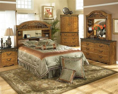 traditional style bedroom furniture bedroom set in oak grain color traditional style sunset