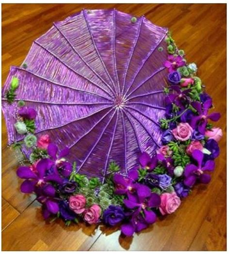 flower design umbrellas i really love the umbrella trend we re seeing at the