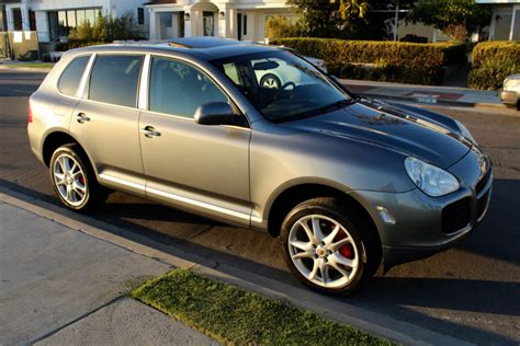porsche cayenne turbo  sale  bat auctions sold