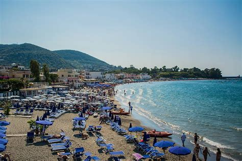 spiagge ischia porto le spiagge pi 249 di ischia imperatore travel world
