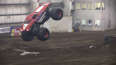 minot monster truck video monster truck thunder youtube