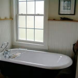 how to paint your bathtub how to paint your old bathtub