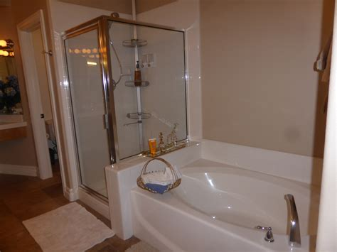 fiberglass bathtub shower combo fiberglass tub shower combo everyday whirlpool tubs u0026 air massage diamond tub u0026 showers