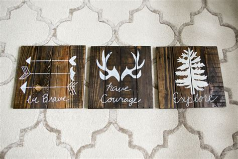 boy room wall decor diy rustic woodland boy nursery decor