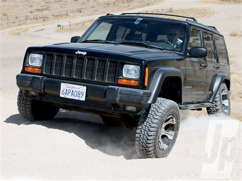 jeep xj stock bumper kl cherokee vs xj cherokee which one is better