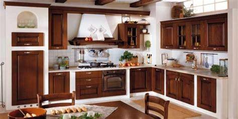 cuisines 駲uip馥s algerie vend ensemble de meubles de cuisine traditionnel feuillus