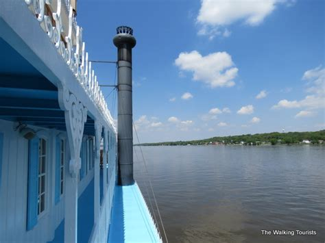 mississippi river boat cruise leclaire iowa leclaire iowa birthplace to stars and more the