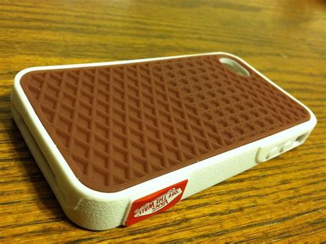 Vans The Wall Shoes Skate Ipod 4 Touch Ipod 5 Touch Casing Hp a rubber waffle iphone styled to look like a vans skate shoe