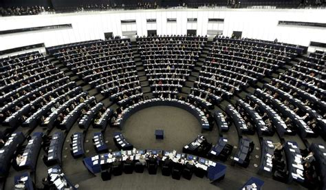 sede parlamento europeo catorce webs espa 241 olas de productos tur 237 sticos incumplen