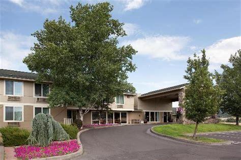comfort inn ashland comfort inn suites ashland or 2017 hotel review