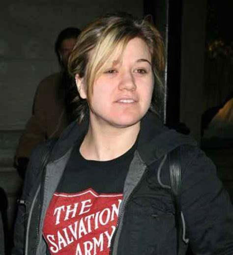 what does kelly clarksons hair look like in back what does kelly clarkson hair look like kelly clarkson