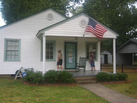 bill clinton home file bill clinton boyhood home in ar img 1514 jpg