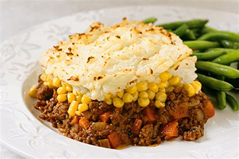 simple cottage pie classic simple shepherd s pie recipe kraft canada