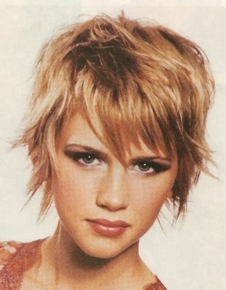 short hair cuts for very heavy women short hairstyles for thick hair women