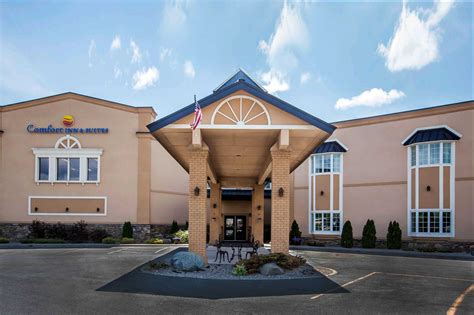 comfort suites ny comfort inn suites plattsburgh new york ny