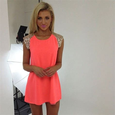 Klething Manggar Pink Dress 7 8th i like this neon pink golden sleeves dress alot dresses sleeve 8th grade