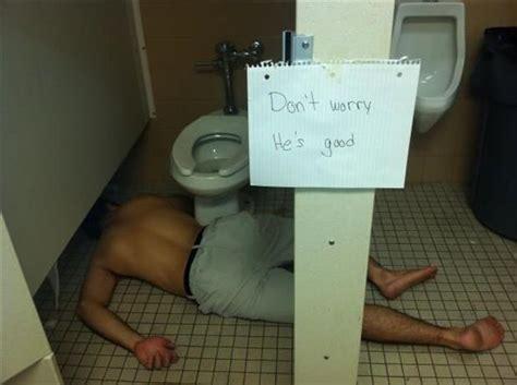 college sex bathroom funny pictures 39 pics