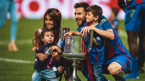 lionel messi family biography thiago and mateo messi love their dad lionel messi