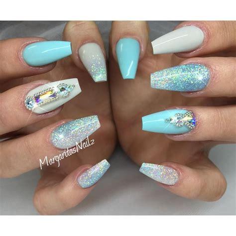 Glitzernde Nägel by 1000 Ideas About Pastel Blue Nails On Blue