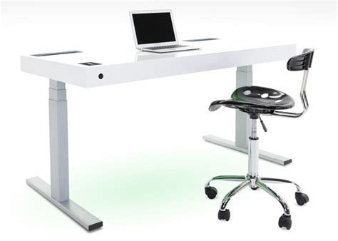 Stir Desks by Stir Kinetic Desk Keeps You Fit And Energized Throughout