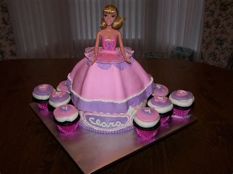 dress cake dress cake and cupcakes cakecentral
