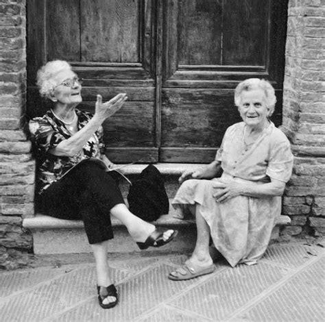 old woman fun old ladies having fun quotes quotesgram