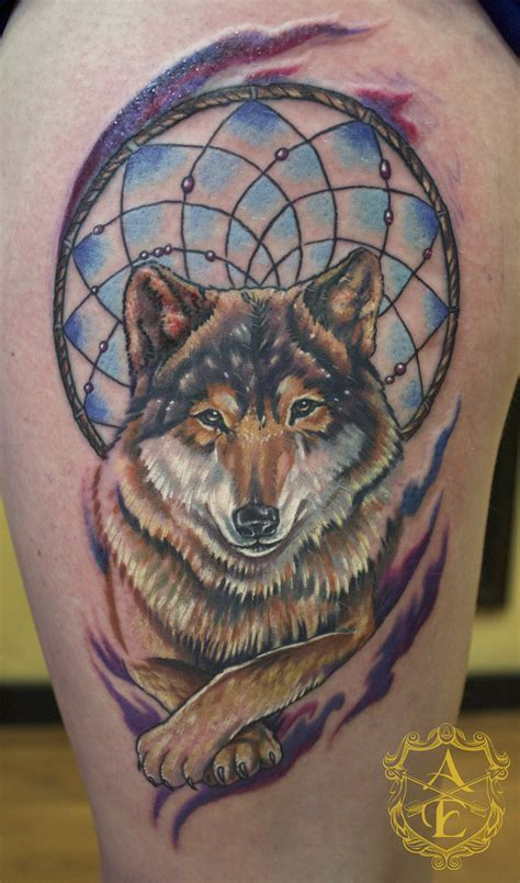 wolf and dreamcatcher tattoo 25 dreamcatcher wolf designs images and pictures
