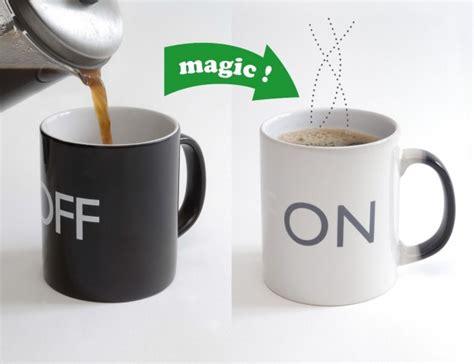 color cup tasse magique et mug qui change de couleur avec la chaleur