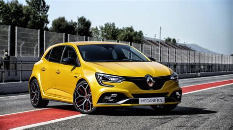 renault hatch megane rs trophy renault s hatch breaks cover
