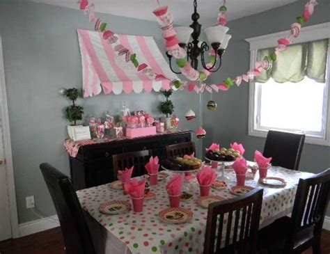 cupcake themed decorations cupcake decorating birthday quot meghan s 10th