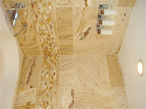 20 Pictures And Ideas Of Travertine Tile Designs For Bathrooms | 20 nice ideas of bathrooms with travertine tile pictures