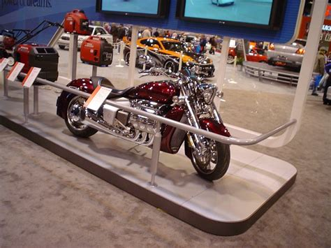 Honda V6 Motorrad by Jey Ping S Website Journal January 2004