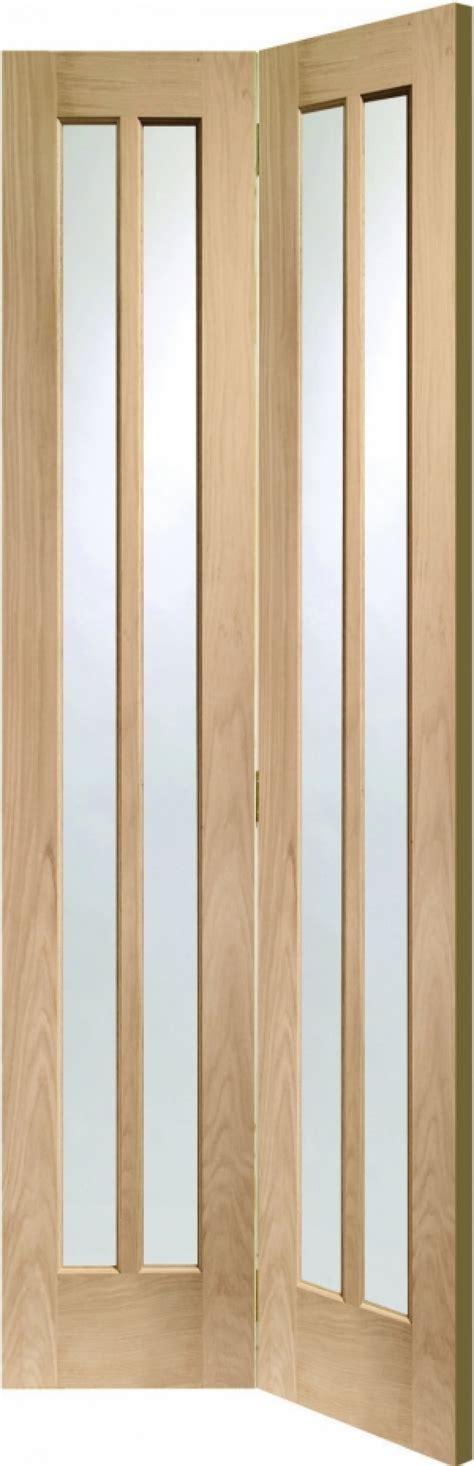 Glazed Bifold Interior Doors Worcester Oak Glazed Bifold Doors With Clear Glass Vibrant Doors