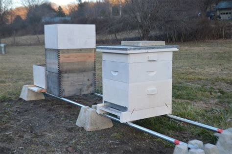 Log House Plans Hive Stand Beekeeping Pinterest