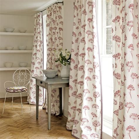 Country Style Window Curtains The Curtains Formal And Feminine Like A S Surplice Window Treatments