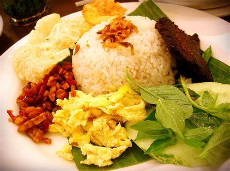 resep   membuat nasi uduk enak  komplit khas betawi