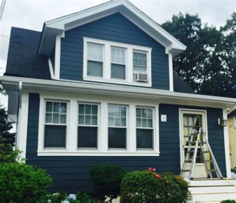 colors of siding 1000 ideas about vinyl siding on painting