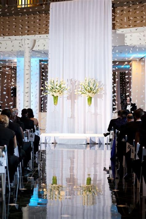 backdrop design for ceremony 50 awesome indoor wedding ceremony backdrops happywedd com